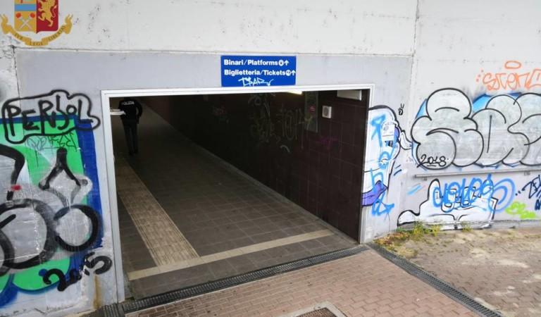 Chiuderà sottopasso della stazione: di notte entrano abusivi e malintenzionati