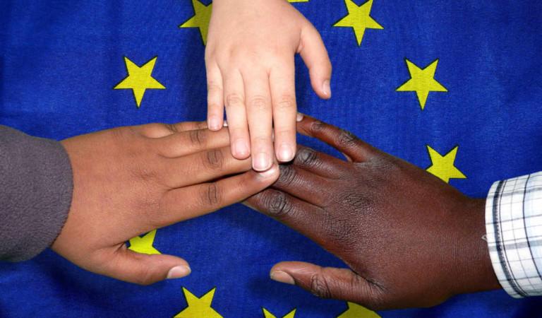 Migranti a Torino e in Piemonte: 2.000 euro per convincerli a tornare a casa loro