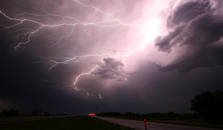 Nuova allerta meteo: arrivano grandine e vento