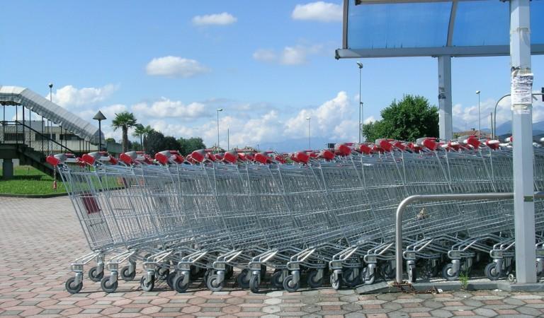 Risparmia 1.300 euro l'anno scegliendo il supermercato più conveniente a Torino