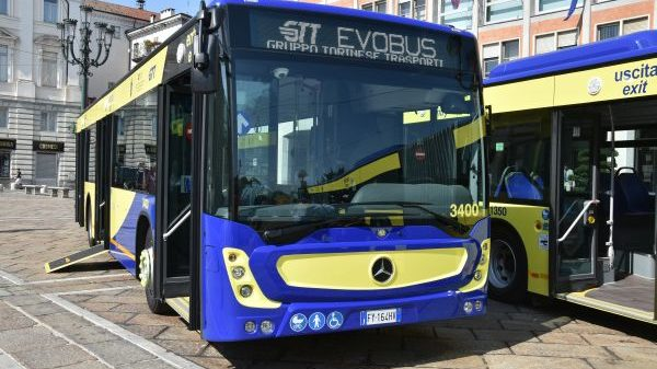 Imbrattati i nuovi autobus GTT. I responsabili pagheranno fino all'ultimo centesimo