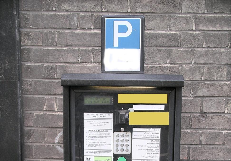 Parcheggio a pagamento esteso ai giorni festivi
