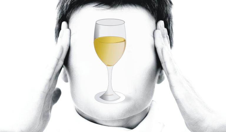 No, il vino Bianco no, mi fa venire il mal di testa. Saranno i solfiti?