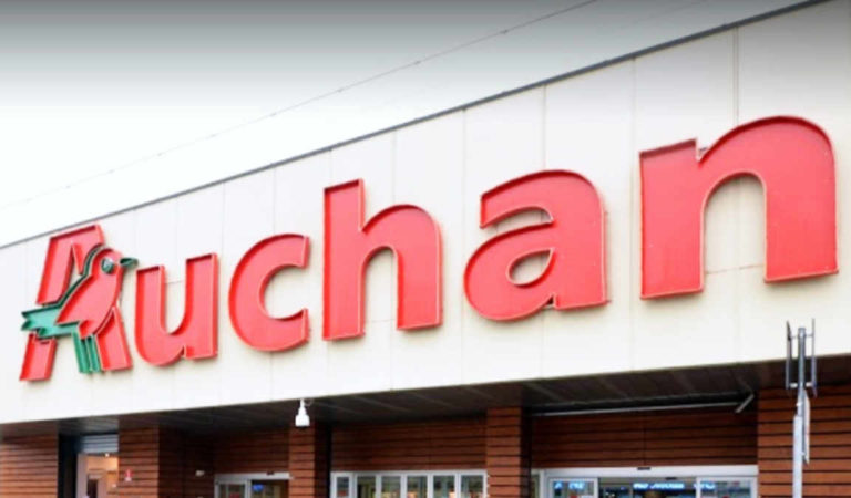 Il 19 gennaio 2020 Auchan chiude: riapre a marzo e non si sa cosa sarà dei dipendenti e dell'ipermercato stesso