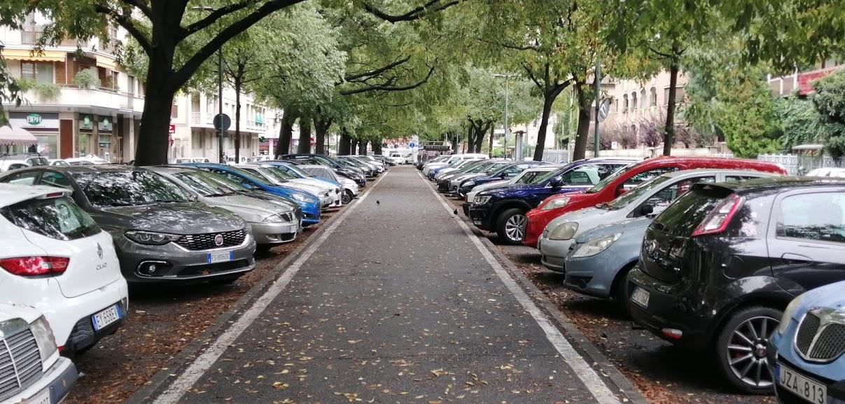 parcheggi strisce blu gratis permessi H