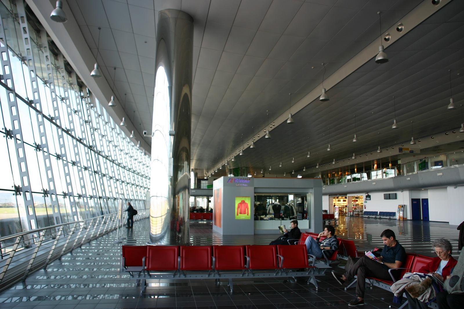 Controlli aeroporti di Torino per Coronavirus