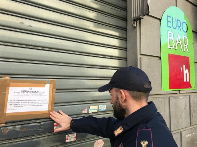 Sospesa licenza Bar Corso Giulio Cesare