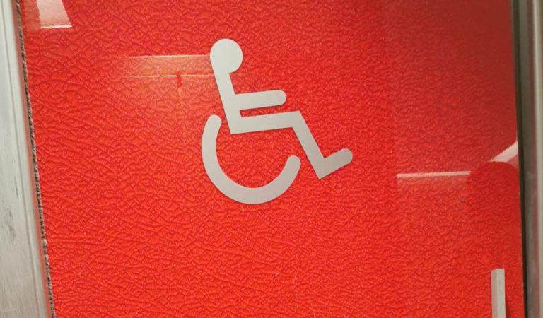 Porta Nuova, mancano i servizi igienici per persone disabili