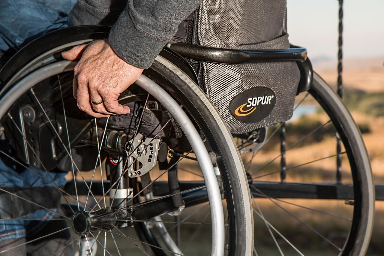 Taglio ai fondi regionali per persone disabili Torino