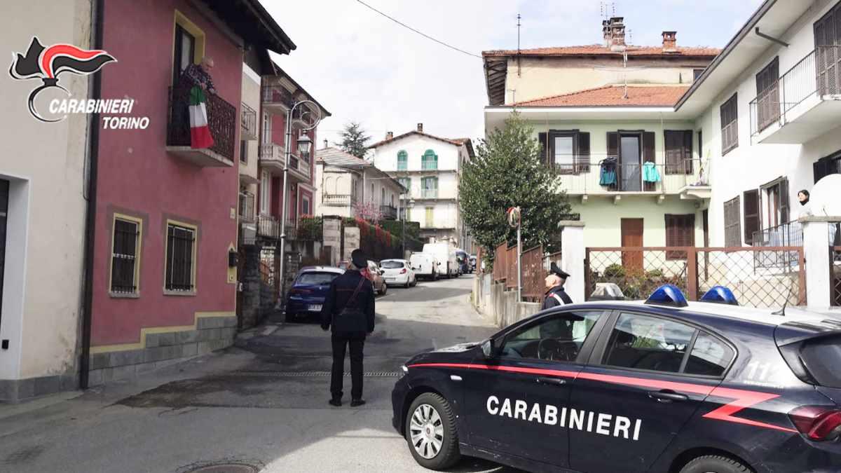 I controlli dei Carabinieri a Coazze dopo il terremoto