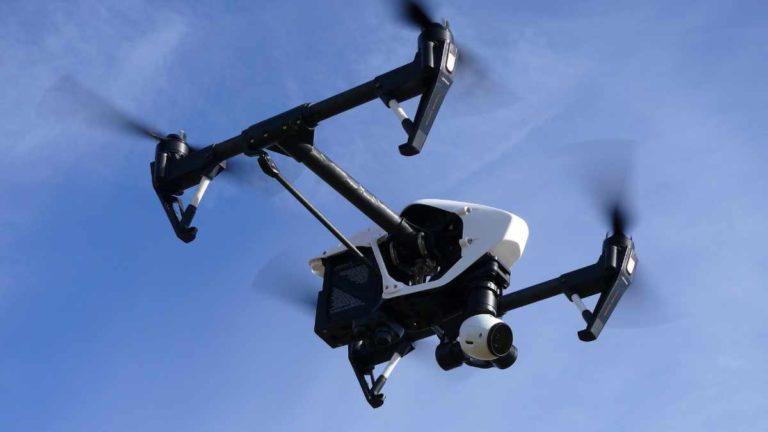 Coronavirus: Torino controllata con i droni