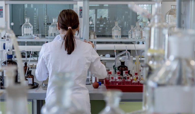 Coronavirus, è stato creato in un laboratorio di Wuhan!