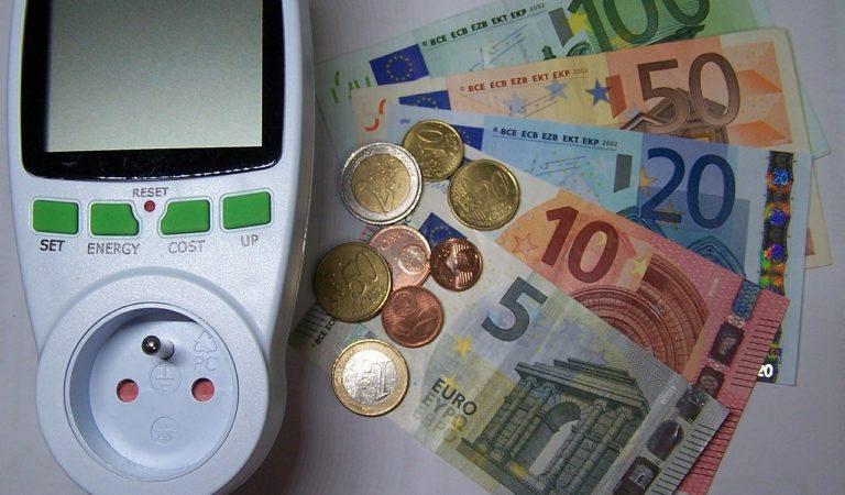 Crisi economica: verranno davvero sospese le bollette?