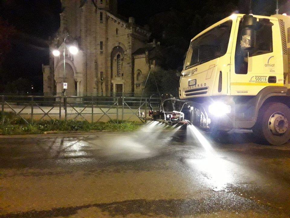 Amiat igienizzazione strade Torino
