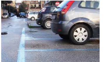 Estendere l'esenzione Ztl e parcheggio strisce blu fino al nuovo anno