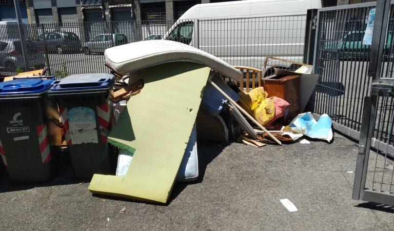 Torino, Via Bologna è nel caos più totale
