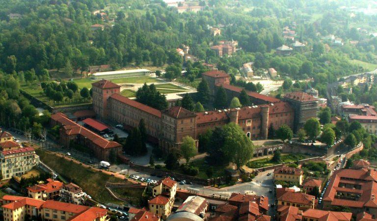 Dal 3 luglio riapre il castello di Moncalieri sarà così possibile visitare gli appartamenti delle principesse Maria Letizia e Maria Clotilde