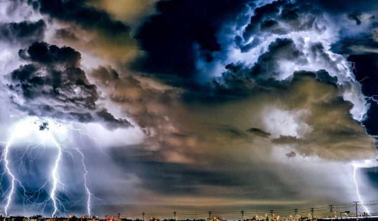 Una crisi meteo al giorno nel 2020: molti a rischio malori