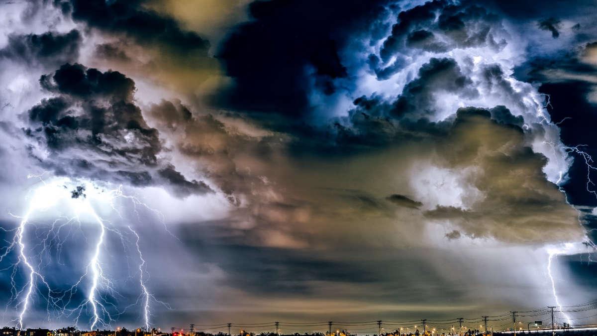 Una crisi meteo al giorno nel 2020