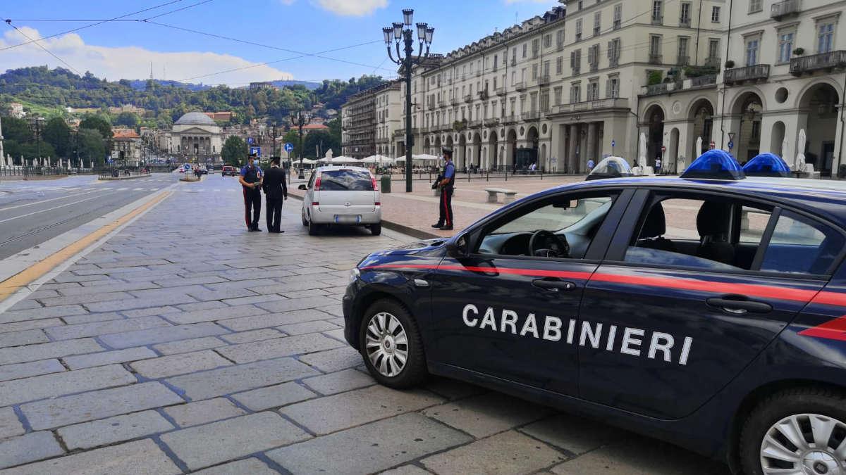 Carabinieri arrestano uomo