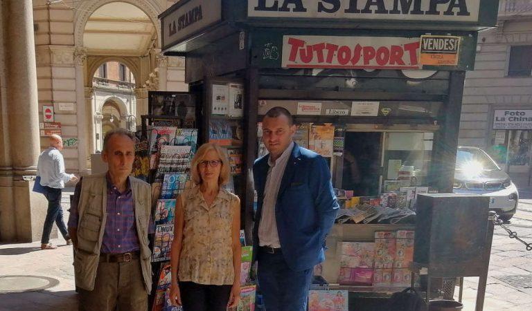 Salviamo la storica edicola di via Pietro Micca a Torino: vendesi per 1 euro