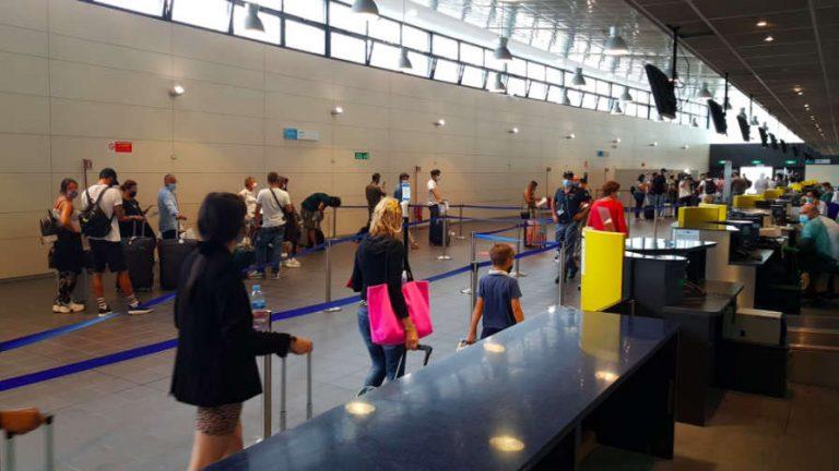 Test Covid all'aeroporto di Caselle