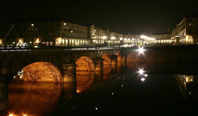 Torino, c'è un «tesoro» nascosto sotto il Ponte Vittorio Emanuele I?