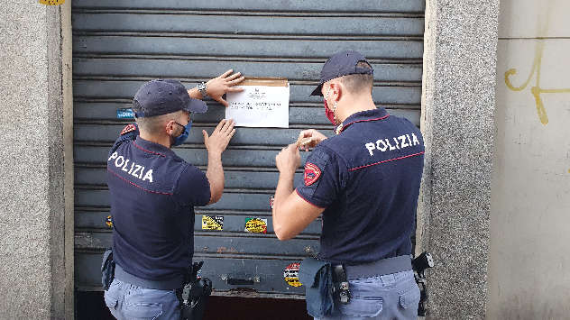 Locali chiusi dalla polizia a Torino