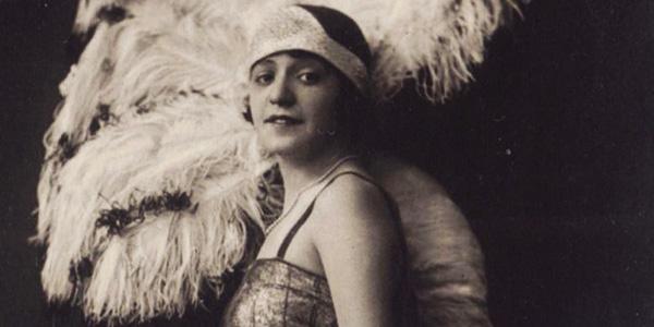 """Isa Bluette: una donna che ha saputo cambiare il suo destino e rivoluzionare la """"Rivista"""""""