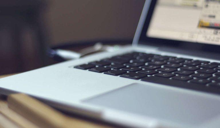 Famiglie italiane e connessione Internet tra informazione e didattica, a che punto siamo?
