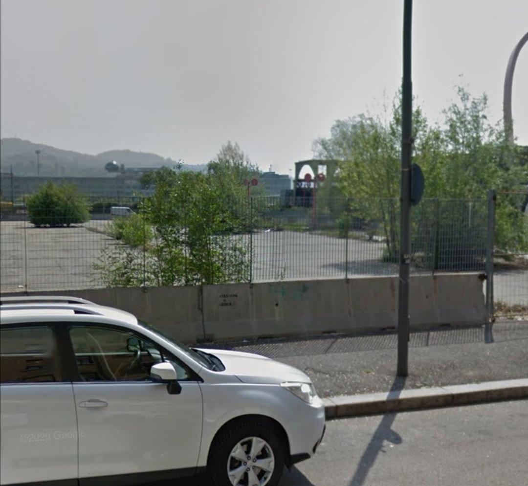 Degrado all'ex parcheggio olimpico di Torino