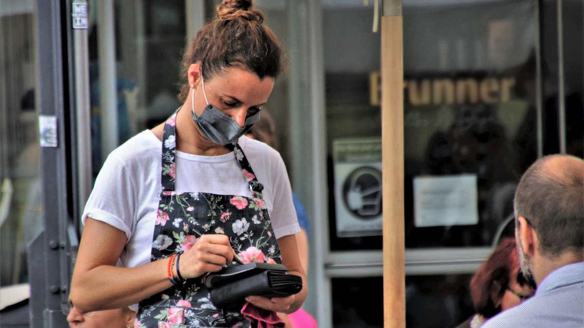 La protesta di ristoranti e bar a Torino