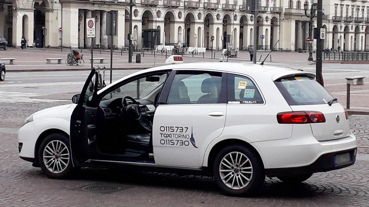 Taxi a Torino