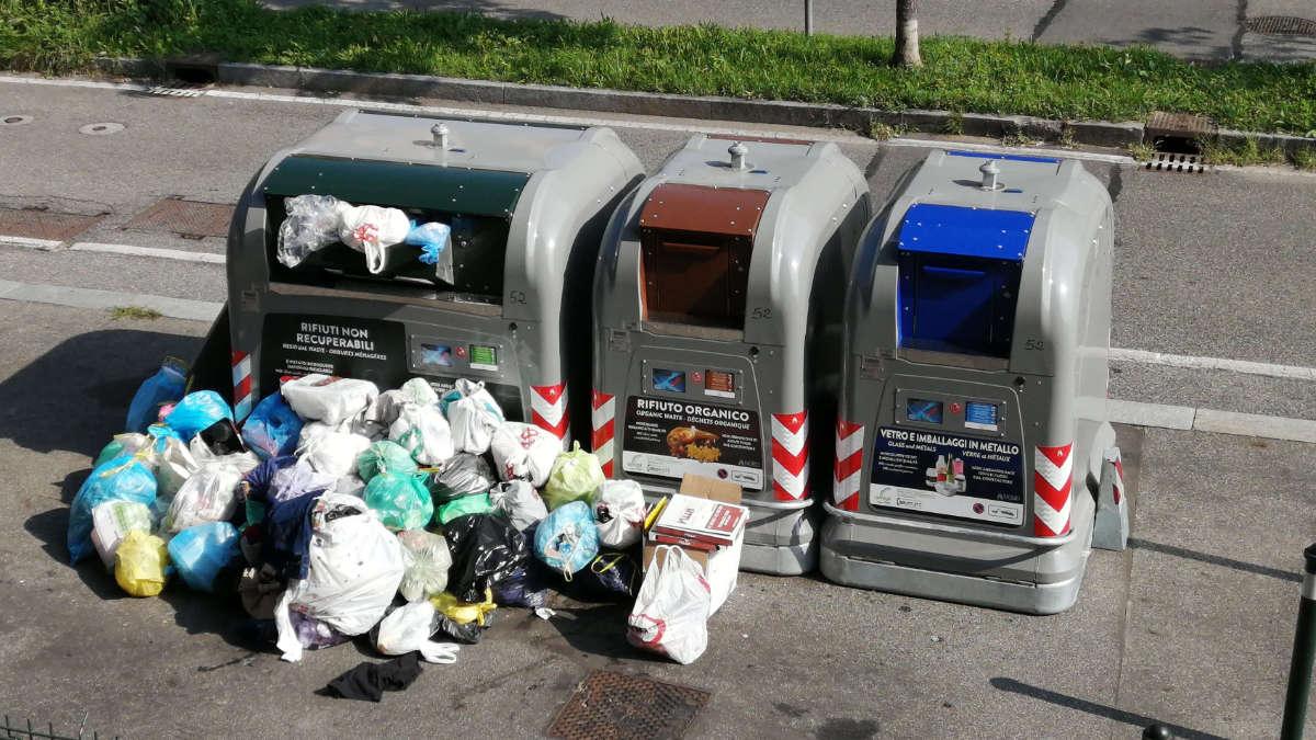 Ecoisole e immondizia a Torino