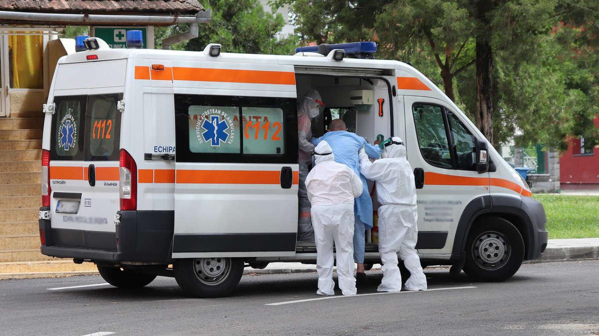 Medici chiedono lockdown immediato a Torino