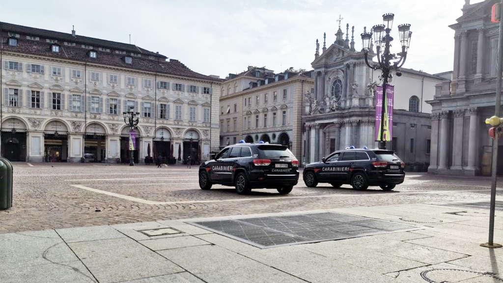 Controlli carabinieri Torino