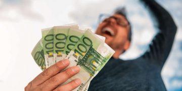Giocatori d'azzardo col reddito di cittadinanza