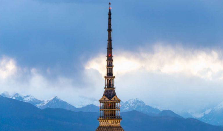 Smog a Torino: scatta il livello arancio, da oggi fermi diesel euro 4 ed euro 5