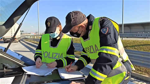 controlli polizia stradale piemonte e valle d'aosta