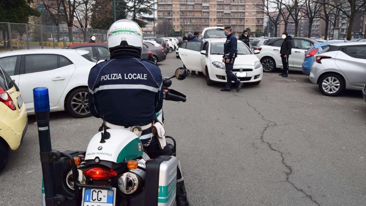 Parcheggiatori abusivi Torino