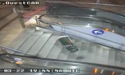 atti vandalici metro torino